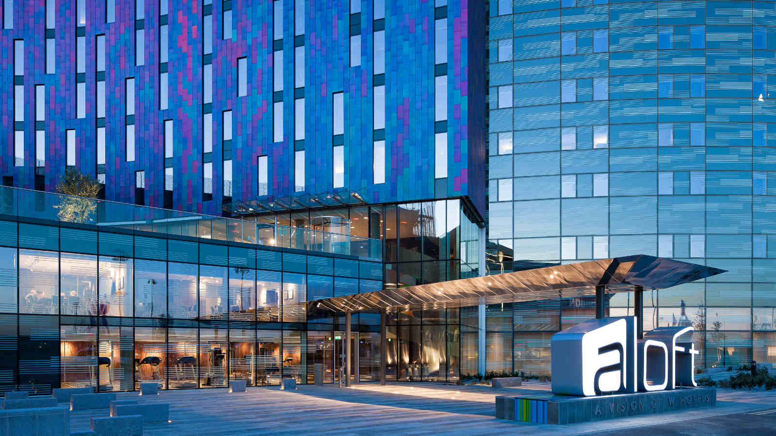 aloft london excel docklands hotel free wifi
