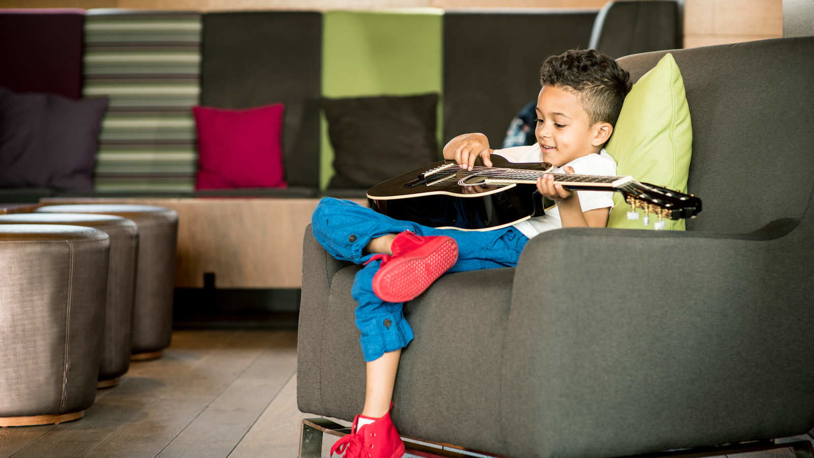 aloft london excel docklands family friendly hotel